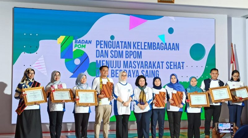 ASN BBPOM Samarinda Raih Juara Favorit Pegawai Berprestasi BPOM 2019